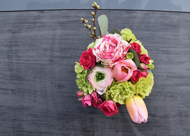 květiny na stůl