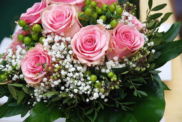 růžovo bílá kombinace