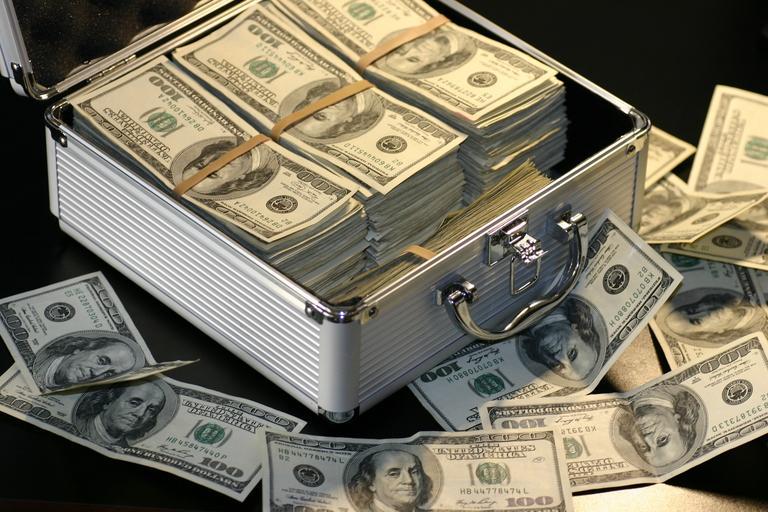 Spousta peněz